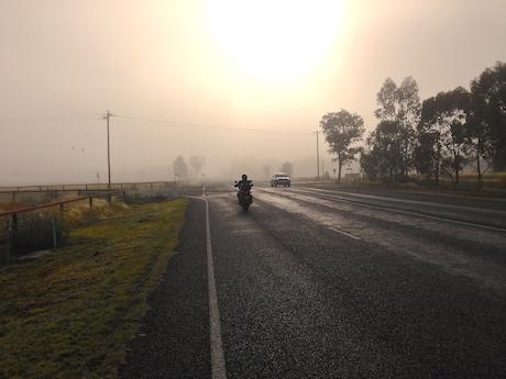 Cum sa conduci in siguranta pe timp de ceata?